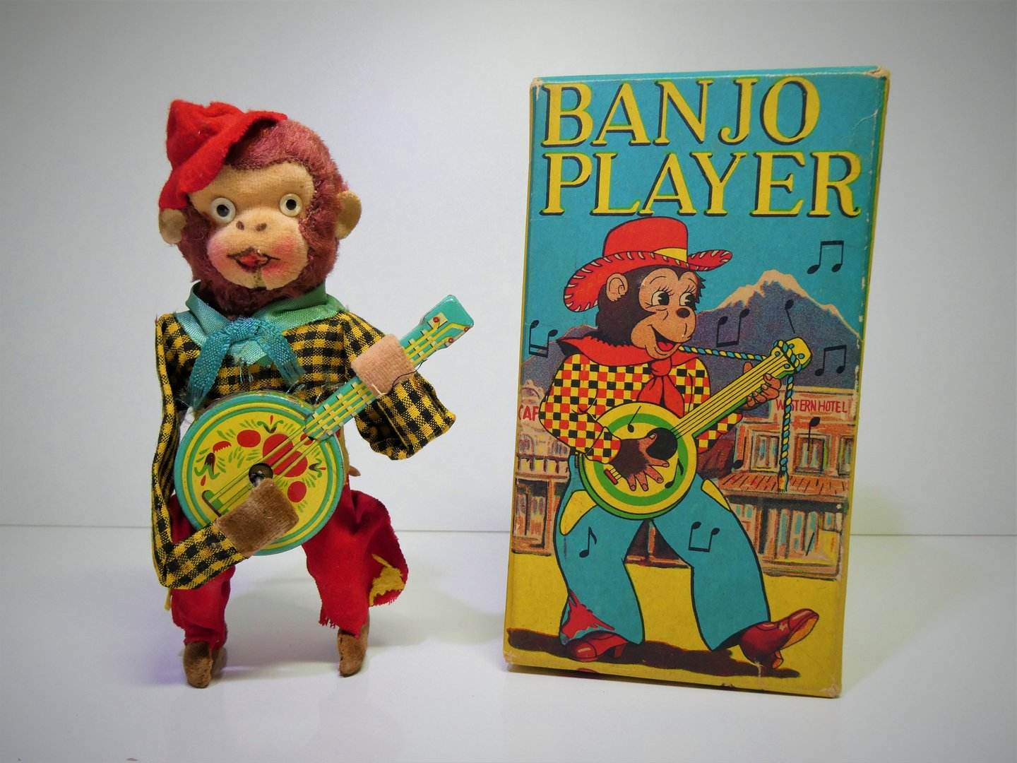 "SK-Toys (Occupied Japan) # 1950's Mechanical ""BANJO PLAYER MONKEY"" in Original Box !!"